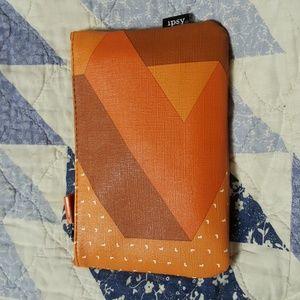 ipsy glam Makeup - Ipsy glam bag w/ Laneige Cream, Neuma Detangler